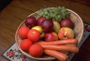 carrot apple grape in basket